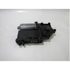 MOTOR ELECTRIC MACARA GEAM 0130821616